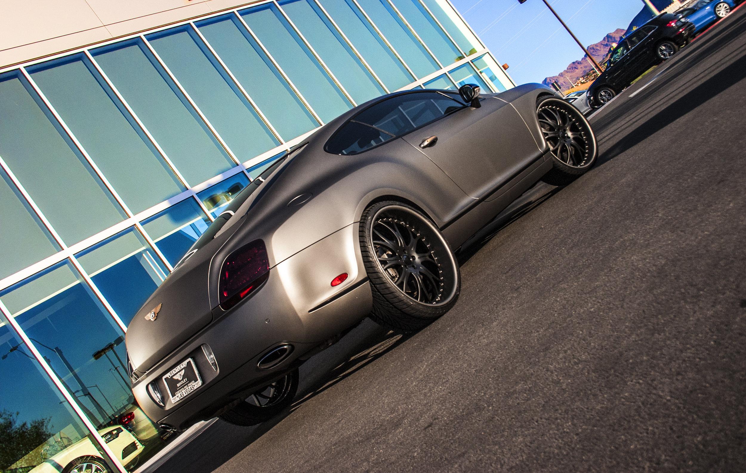 Bentley Continental Matte Grigio