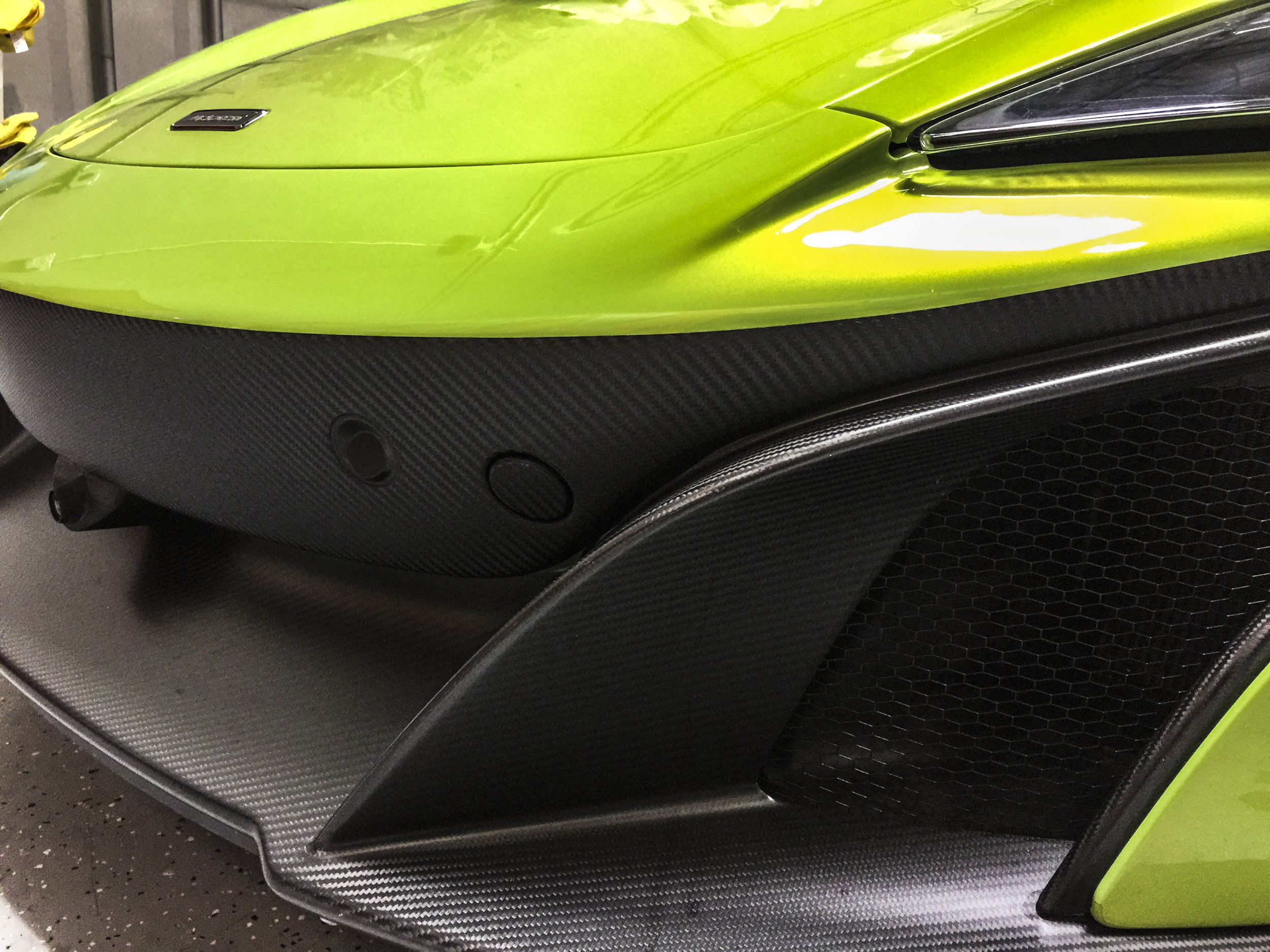 McLaren 575lt Raw Carbon Accents