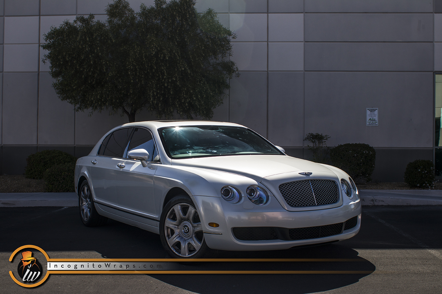 Bentley Flying Spur Gloss Pearl White with Copper Starlight