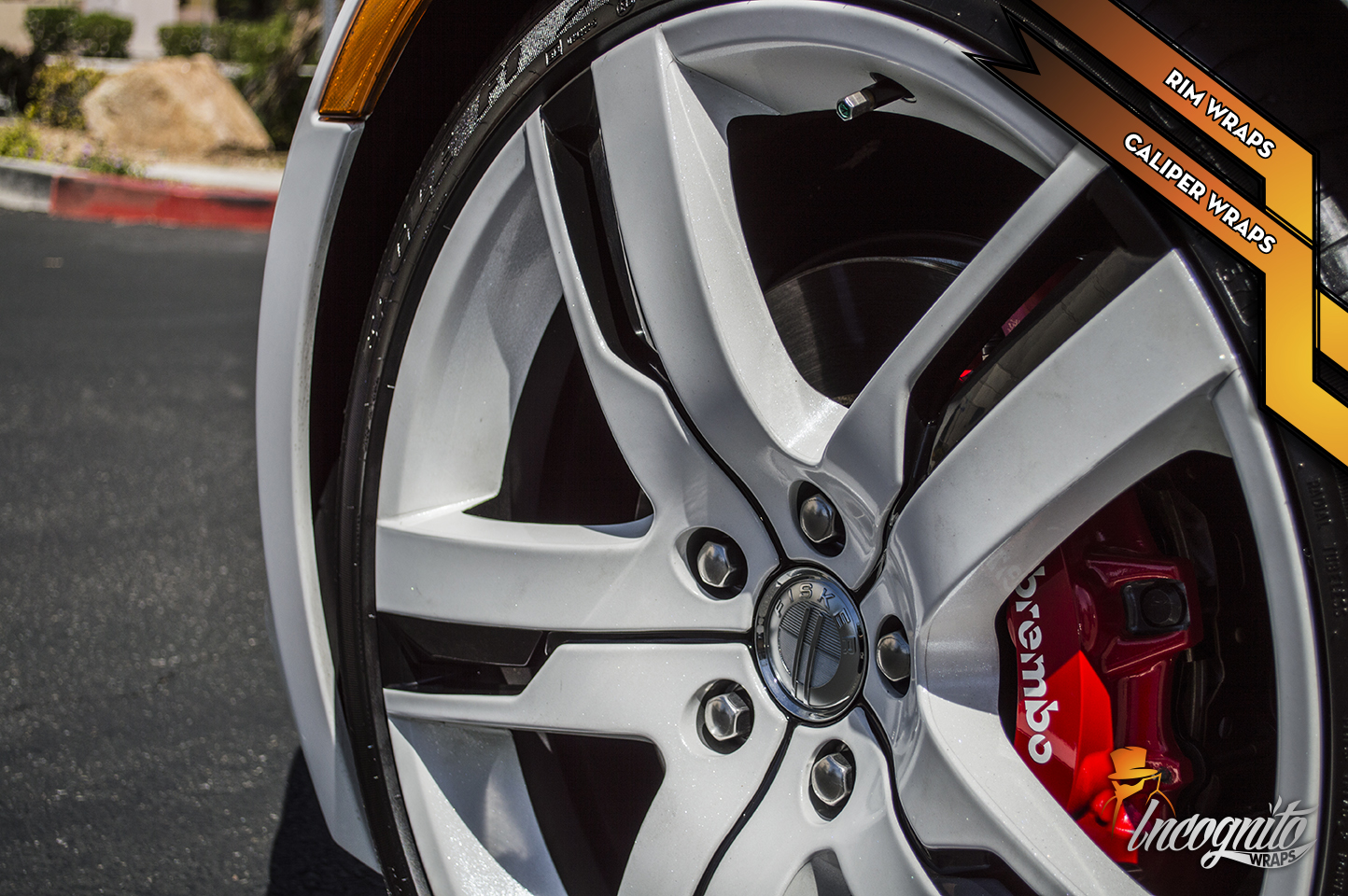 Fiskar Karma EV - Diamond White Rims and Carmine Red Caliper Wraps