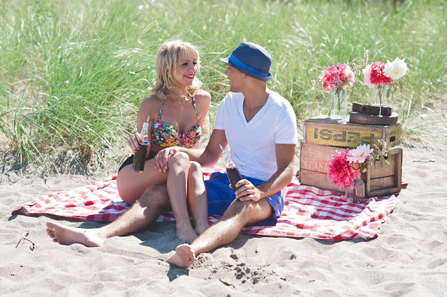 vintage beach picnic engagement session vintage beach picnic engagement session KJ and Co. wedding planner oakville burlington ontario, lifeimages life images photography engagement session