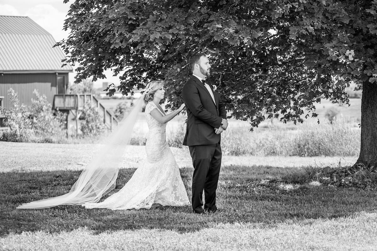 Earth to Table Farm wedding photo kj and co -1119.jpg