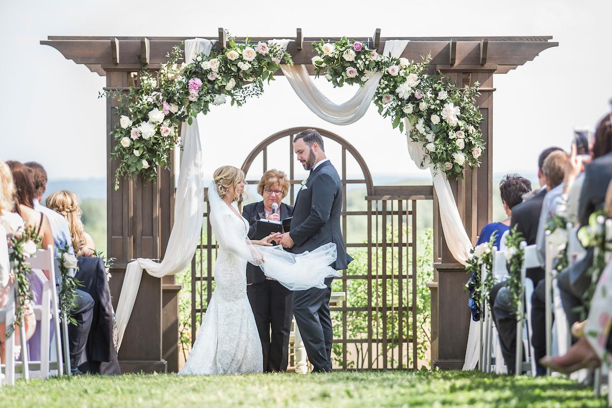 Earth to Table Farm wedding photo kj and co 1326.jpg