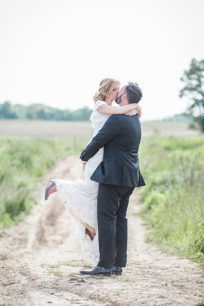 Earth to Table Farm wedding photo kj and co -1437.jpg