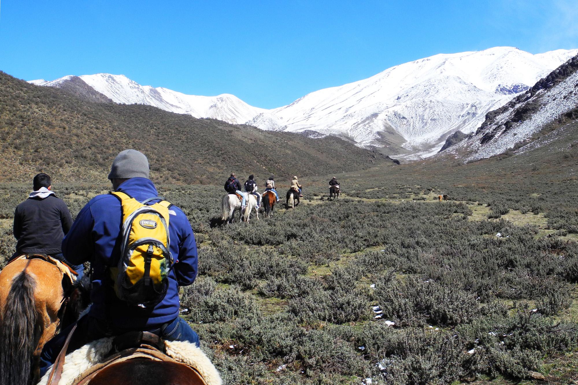 wine-TROTTERS_oenotourisme_wine-tourism-agency_tour_vino_vin_turismo_ARGENTINA_Mendoza_trekking_hiking_horseback-riding_alta-montana_Andes_87_WEB-2000px.jpg