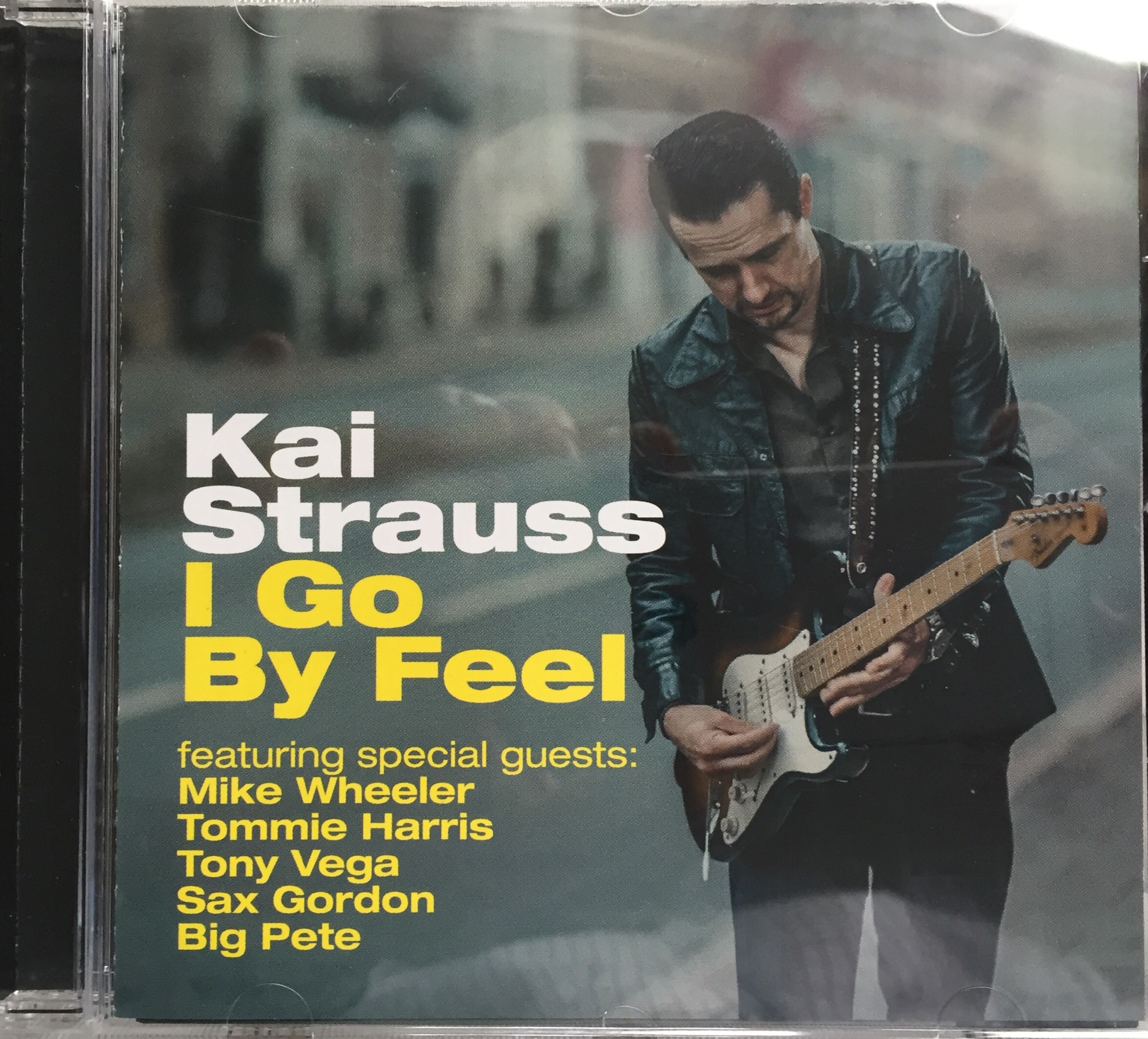Kai Strauss - I Go By Feel