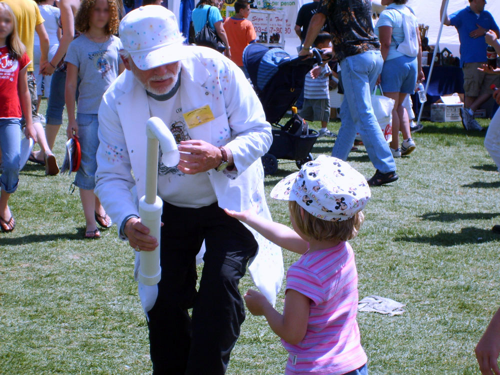 Science Wizards at Thornton Fest