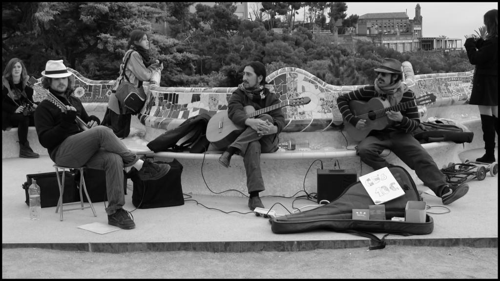 parkguell_musicians-1024x576.jpg