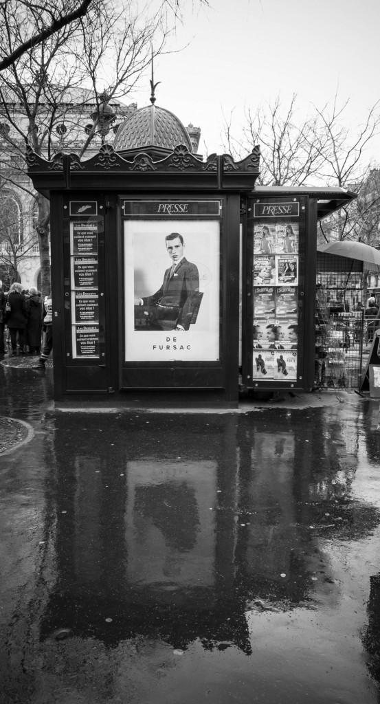 paris_rain_presse_bw-553x1024.jpg