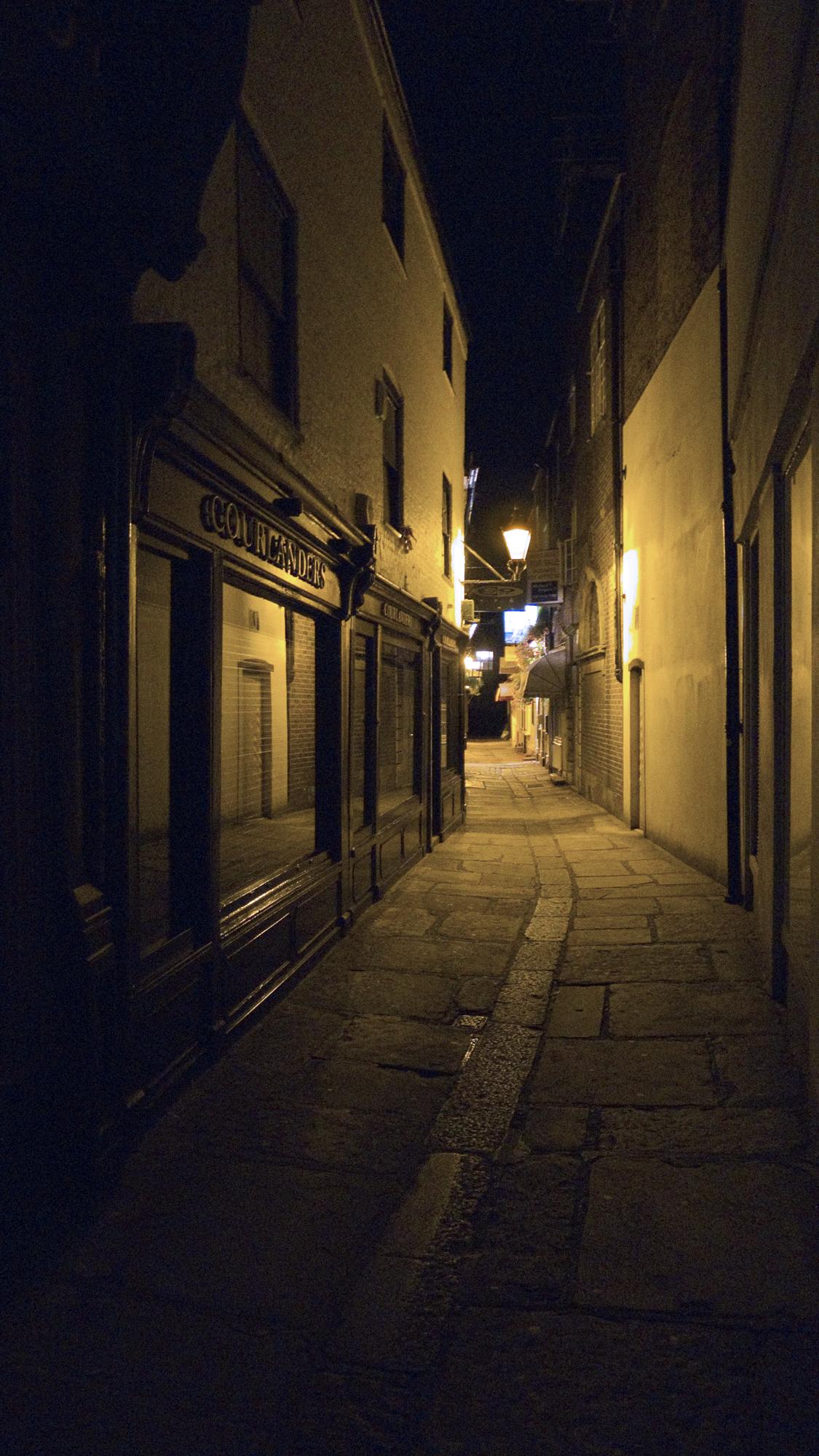 richmond_alley.jpg