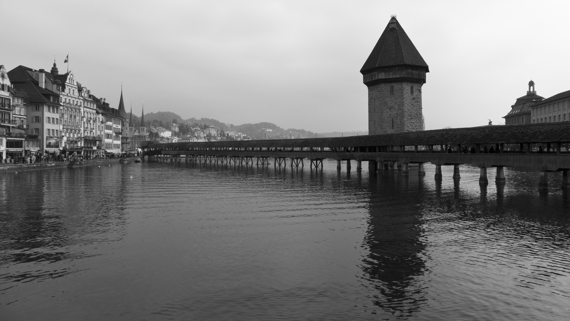 lurcerne_bridge_bw.jpg