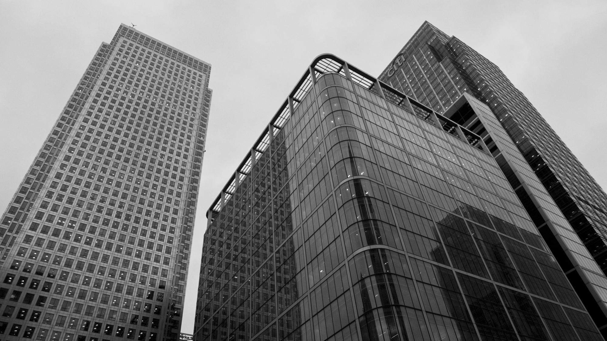 carnary_wharf_skyscrapers.jpg