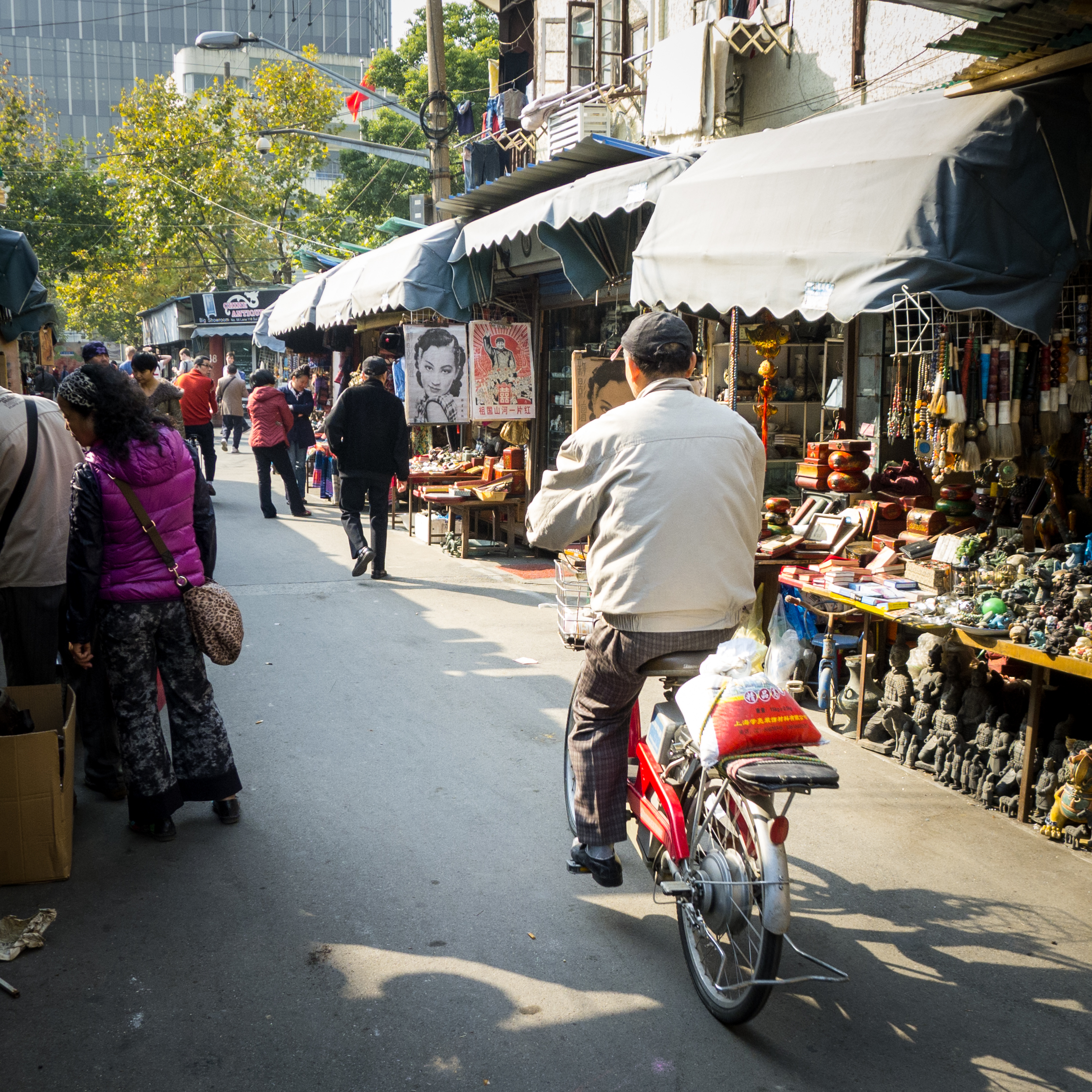 market_biker.jpg