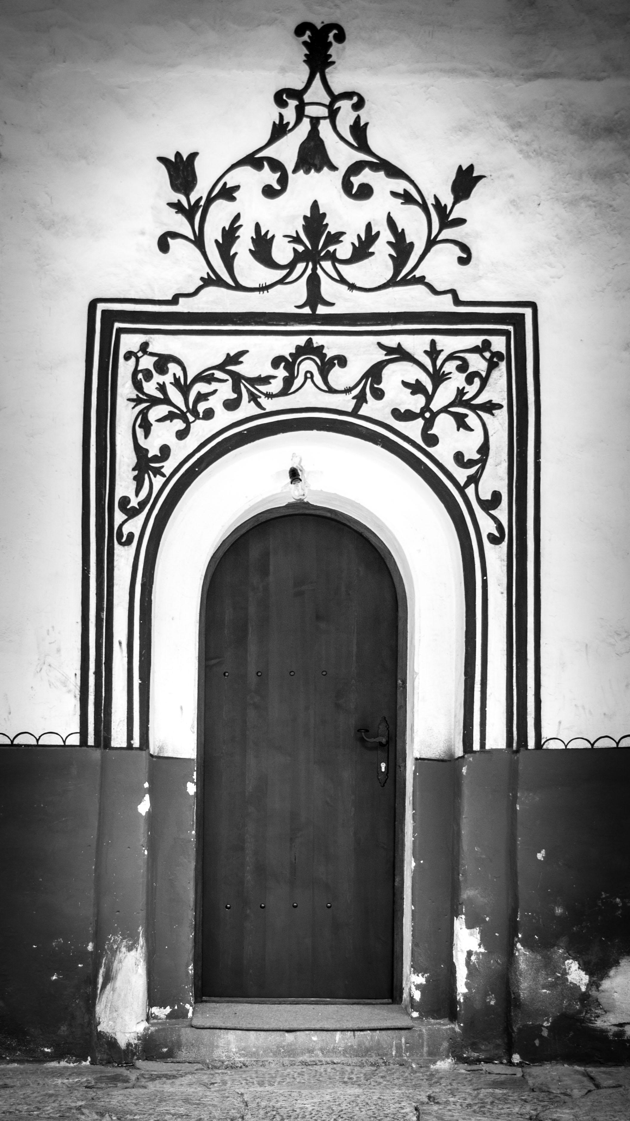 bulgaria_door_bw.jpg