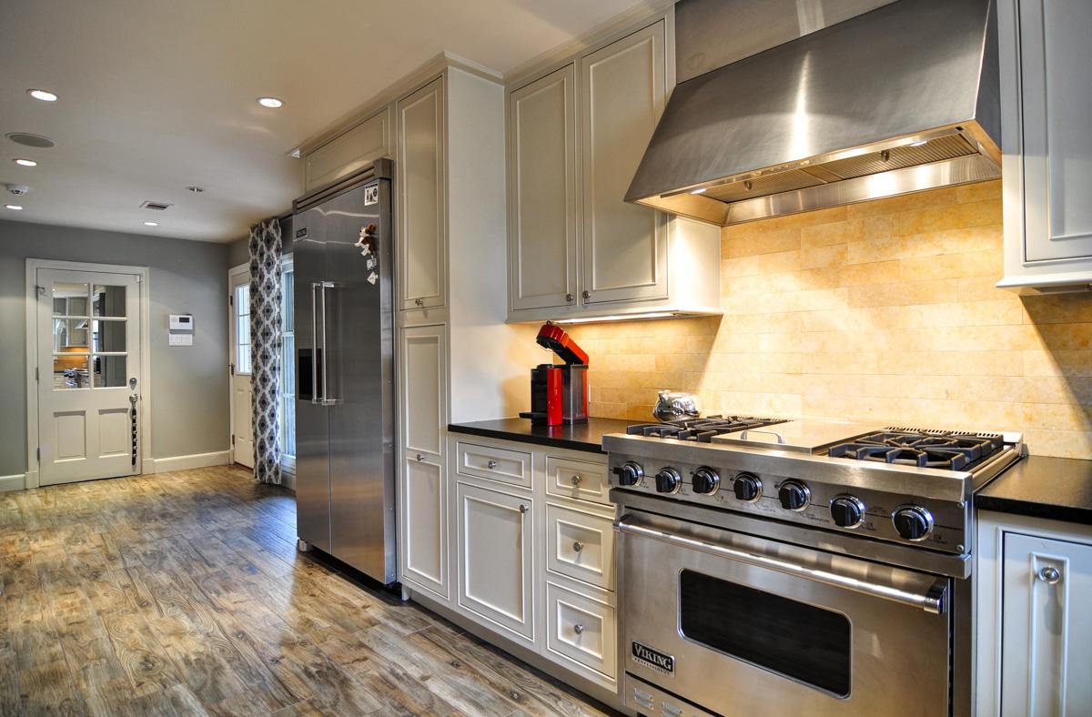 Set23-Kitchen.jpg
