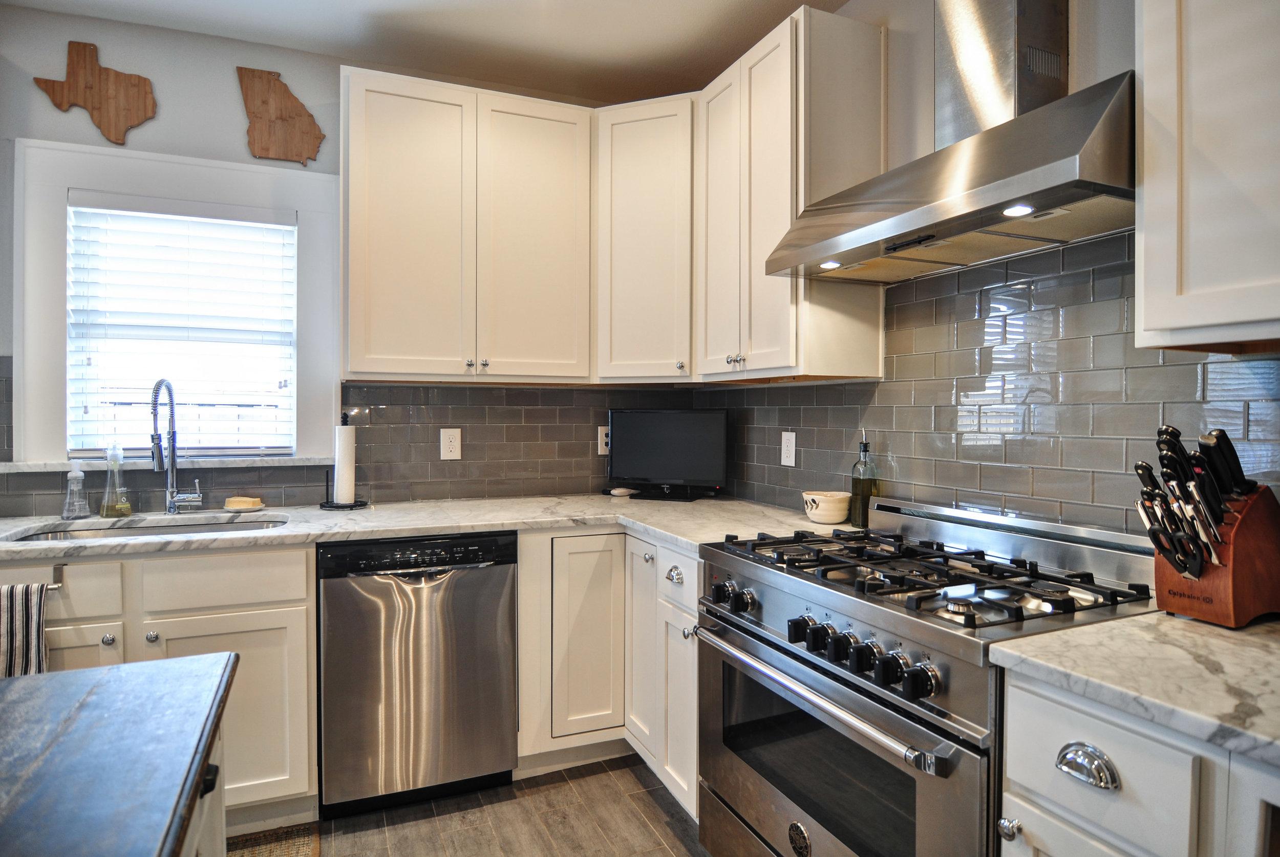 Set11-Kitchen.jpg