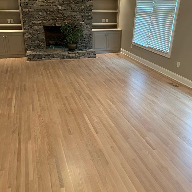 Another beautiful Nashville floor finished! Bona naturale sealer with 2 coats of satin bona traffic hd #bonapro #bona #nashvillehardwood #nashville