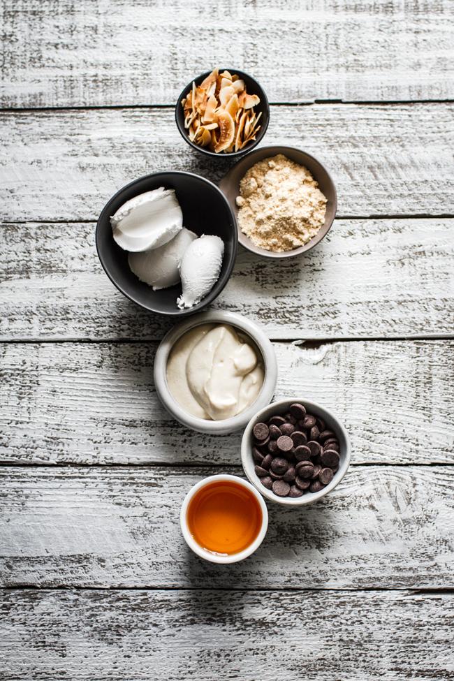 Vegan Chocolate Mousse | edibleperspective.com