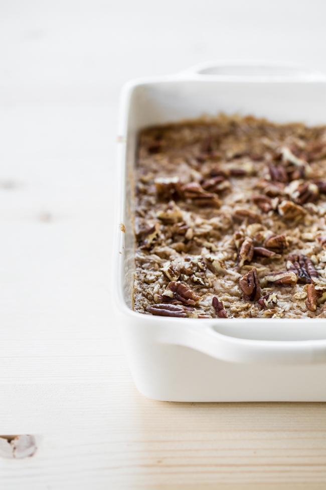 Chai Baked Oats with coconut + pecans | edibleperspective.com