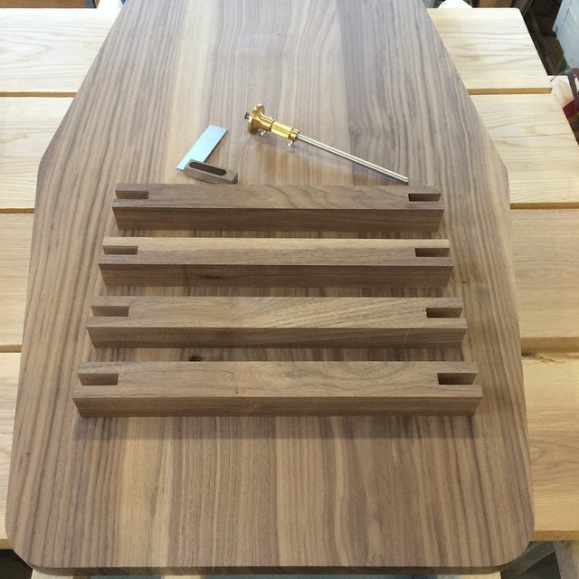 Made some decent progress on the table this afternoon after finally getting the shop cleaned up #walnut #woodshop #woodworking #handmade #handmadefurniture #furnituredesign #design #skanadesign #shopwoo