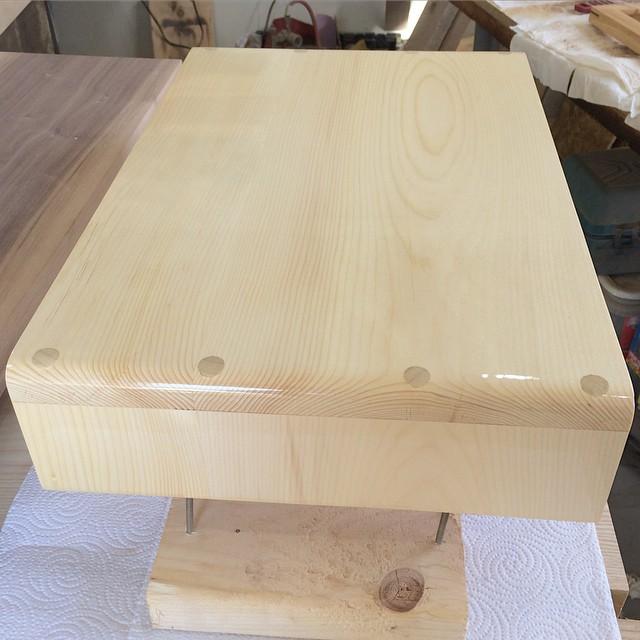 2nd coat of finish looking good #woodshop #woodworking #handmade #handmadefurniture #furnituredesign #design #skanadesign
