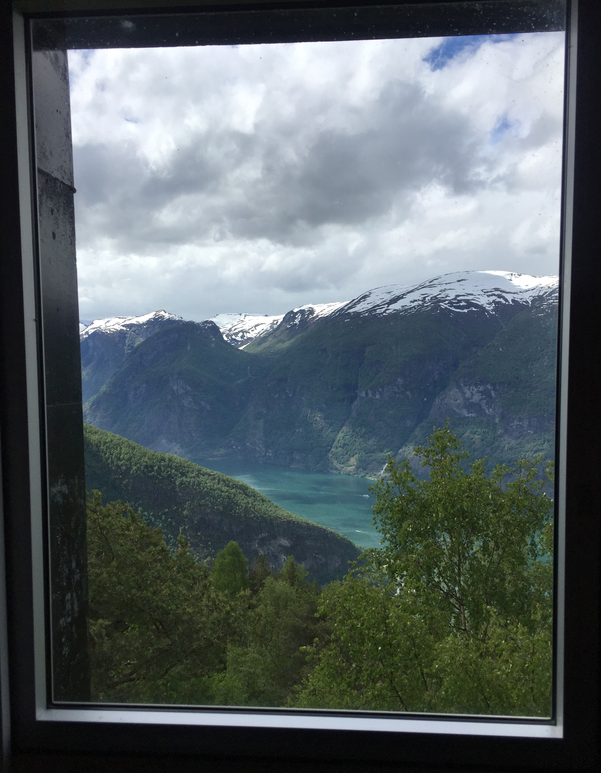 They took care to think about the experience throughout your whole visit, even the views from the bathroom were gorgeous!