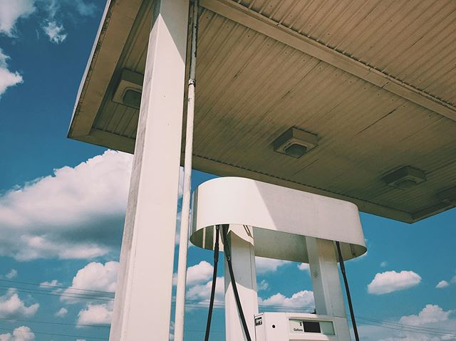 Due to my current project, I'm paying much more attention to gas stations. I found this cool situation in Brenham, painted white and stripped of branding.