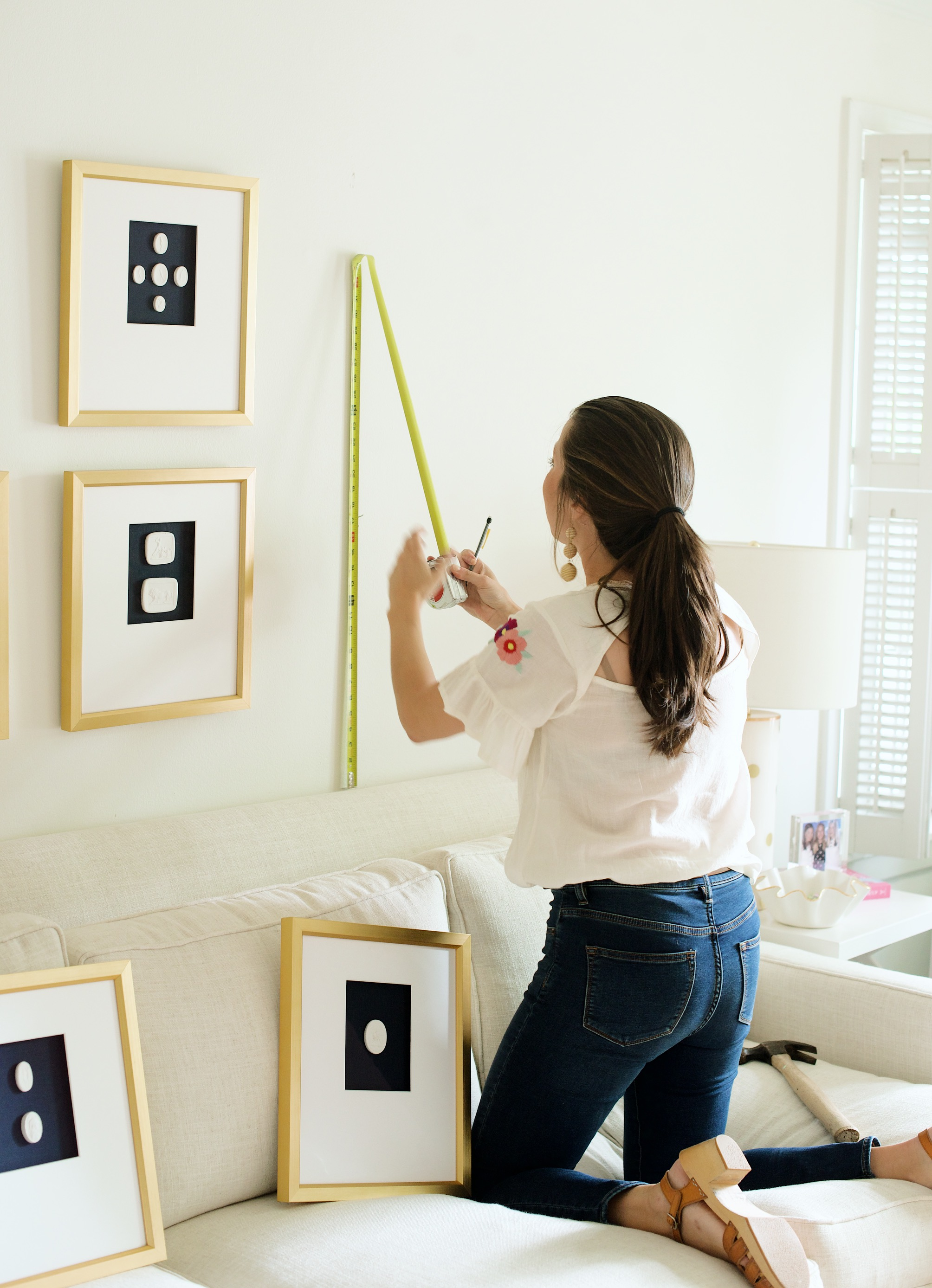 How To Hang A Gallery Wall 101 | Sarah Catherine Design