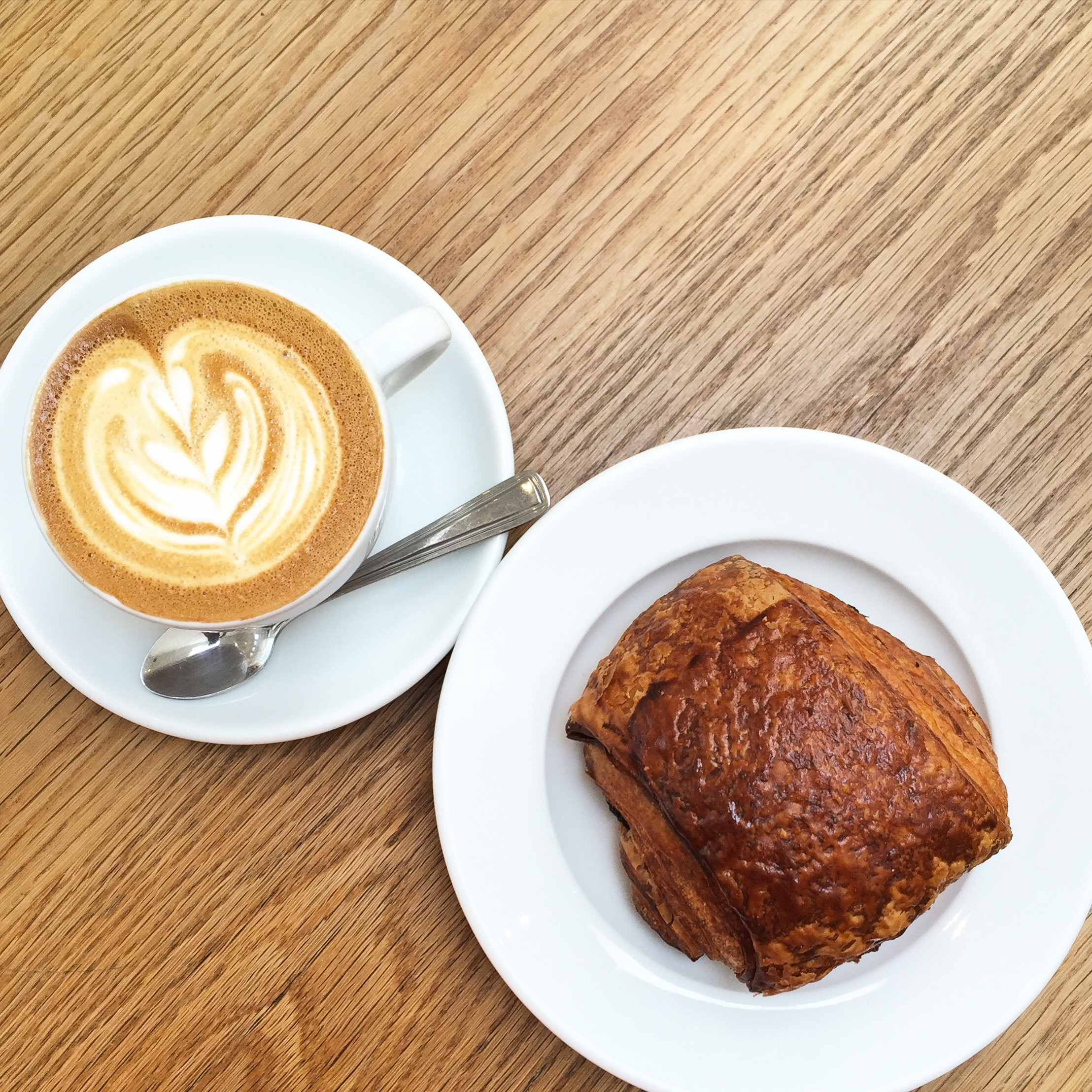 Their Flat White was perfection. The pain au chocolat pastry, on the other hand, was too tight and lacked the light flakiness that I've come to expect - I've been permanently spoiled by Vancouver's  Beaucoup Bakery  - no one outside of Paris can hold a candle to their viennoise pastries.