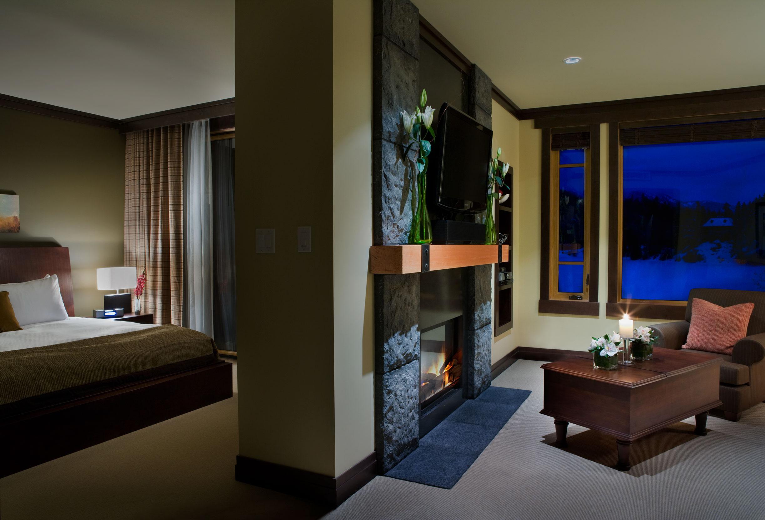 One-Bedroom-Lake-View-Suite.jpg