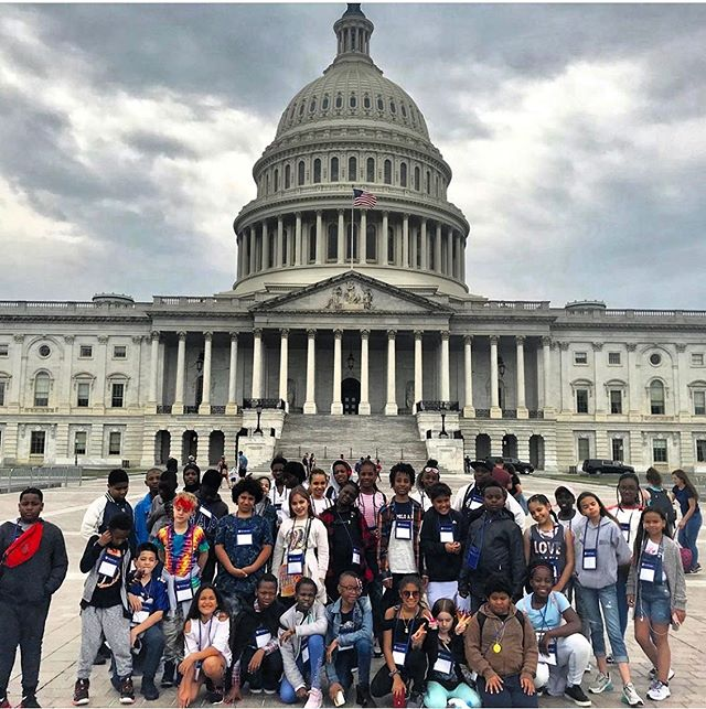 NYFACS students visited Washington DC for their senior trip 🤗🇺🇸 #nyfacs #education #seniortrip #washingtondc #trip #students #teachersofinstagram #goodtimes #bestoftheday #lincolnmemorial #kids #kidstagram #washington #newyorkfrenchamericancharterschool #instagood #instalike #photooftheday #following #follow #follownow