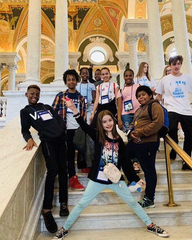 Part of the class of 2️⃣0️⃣1️⃣9️⃣ on their #seniortrip 🥳 #nyfacs #washingtondc #trip #seniors #newyorkfrenchamericancharterschool #museum #goodtimes #friends #education #school #harlem #bilingual #kidstagram #kids #fun #bestoftheday #instagood #instalike #photooftheday #follow #follownow #followers
