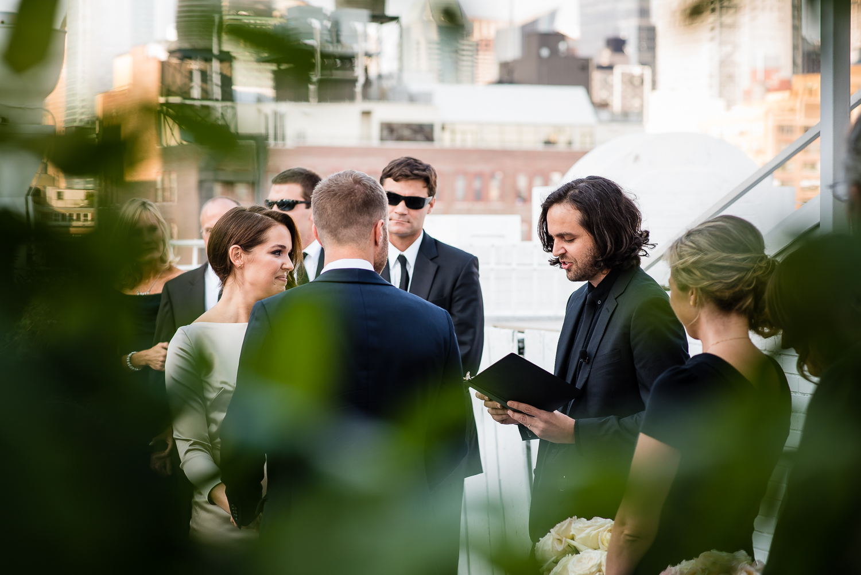 Arius-Wedding-Photography-NYC-Studio-450-Modern-Non-cheesy-150.jpg