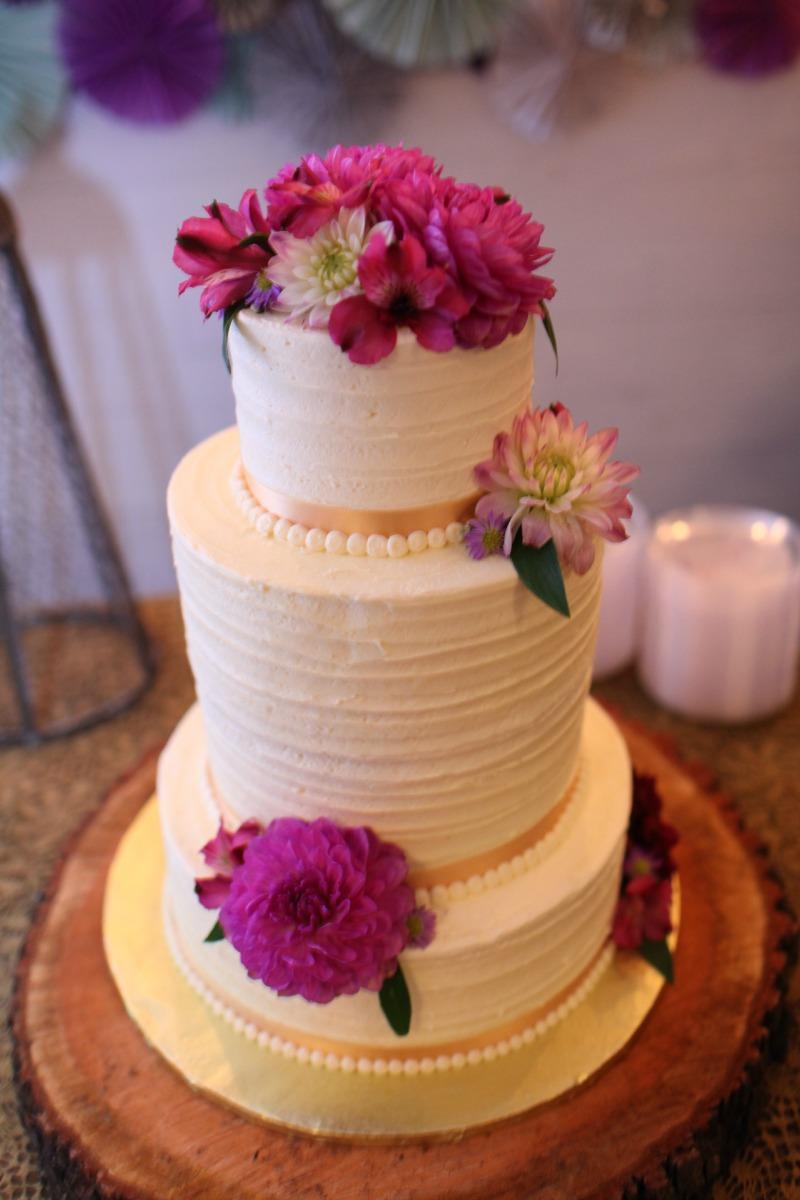 Vibrant Summer Wildflower, Fairlane Station, Benfield Photography, Cake Flowers