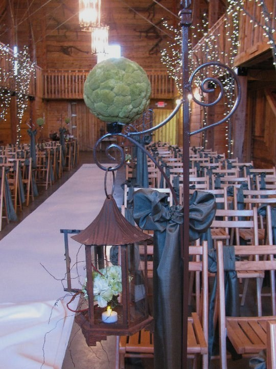 Rustic Blue & Green, Pratt Place Inn & Barn, Rachel Blackwell Photography, Details Weddings and Events, Aisle Decor
