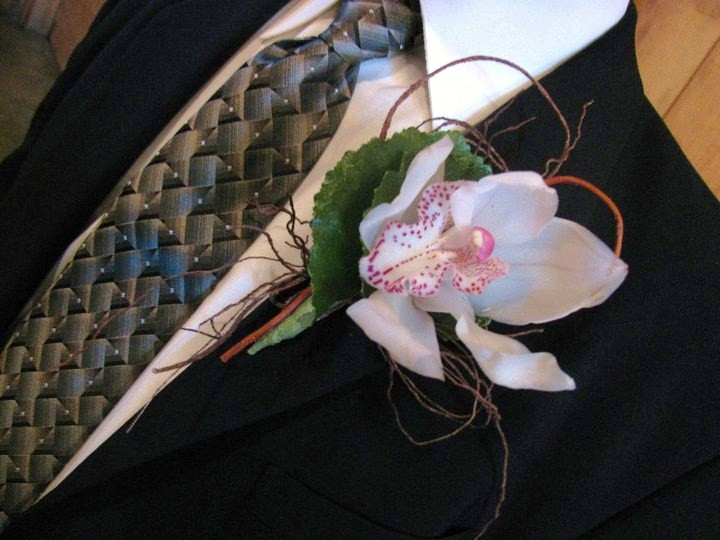 Rustic Blue & Green, Pratt Place Inn & Barn, Rachel Blackwell Photography, Details Weddings & Events, Orchid Boutonniere