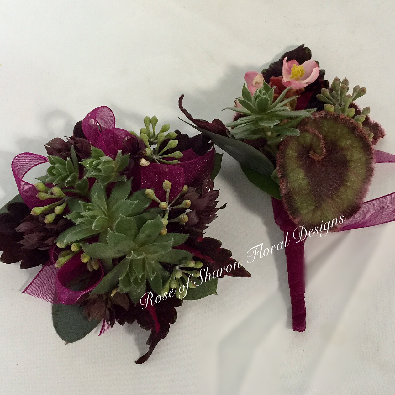 Flowers to Wear - Boutonnieres & Corsages