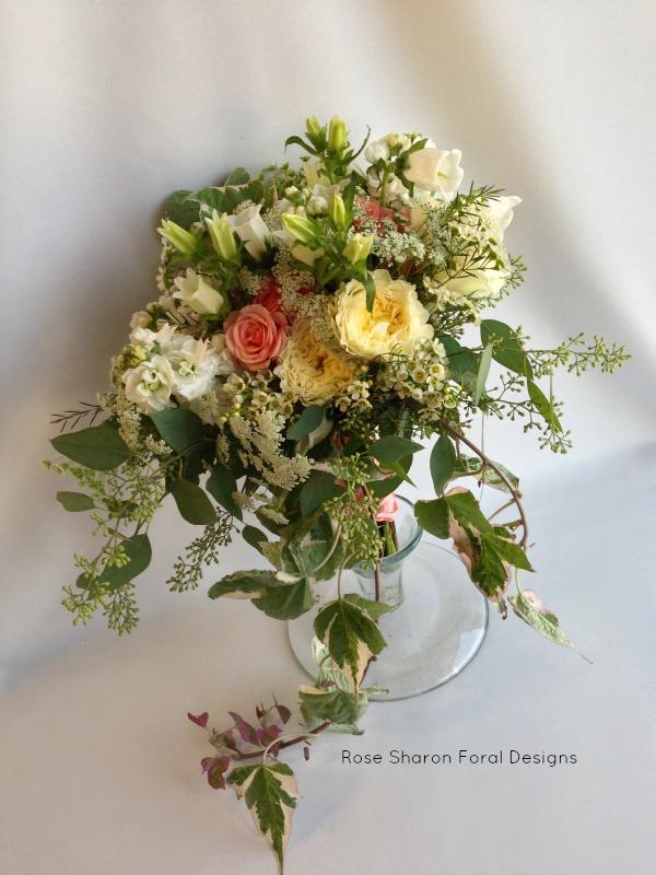 Natural Cascade. Garden bouquet. Pink & White, garden roses, queen anne's lace, eucalyptus. Rose of Sharon Floral Designs