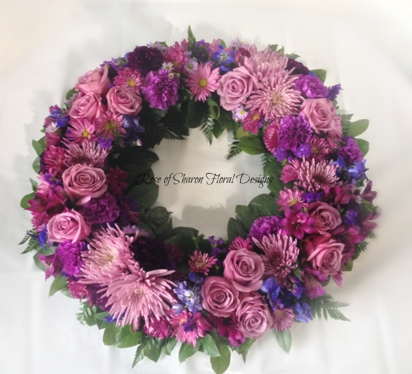 Mixed purple wreath