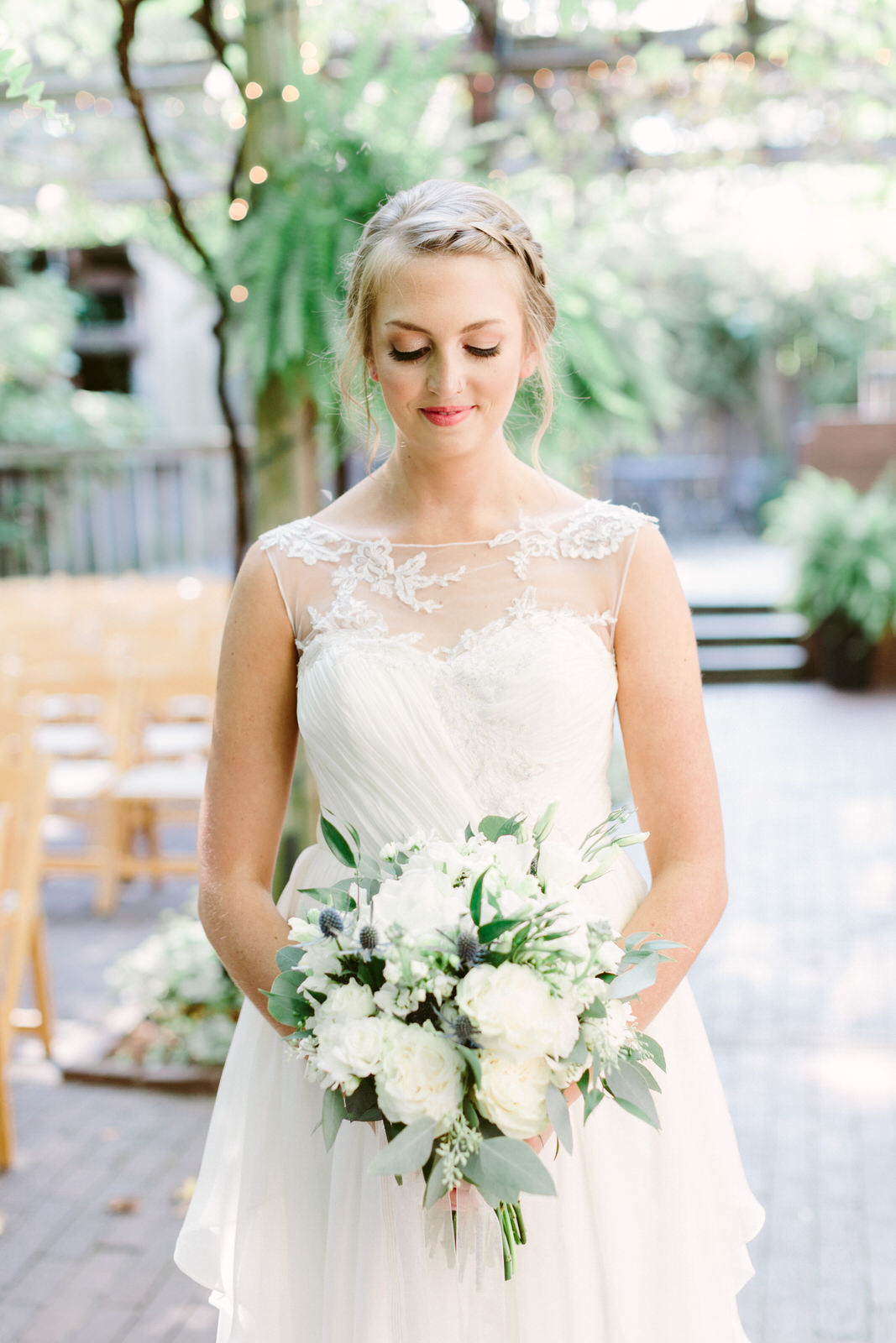 KatiMallory-Fayetteville Wedding Florist-2011.JPG