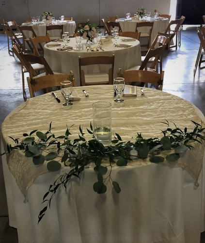 15. 01. eucalyptus + ruscus sweetheart table. Rose of Sharon Floral Designs..jpg