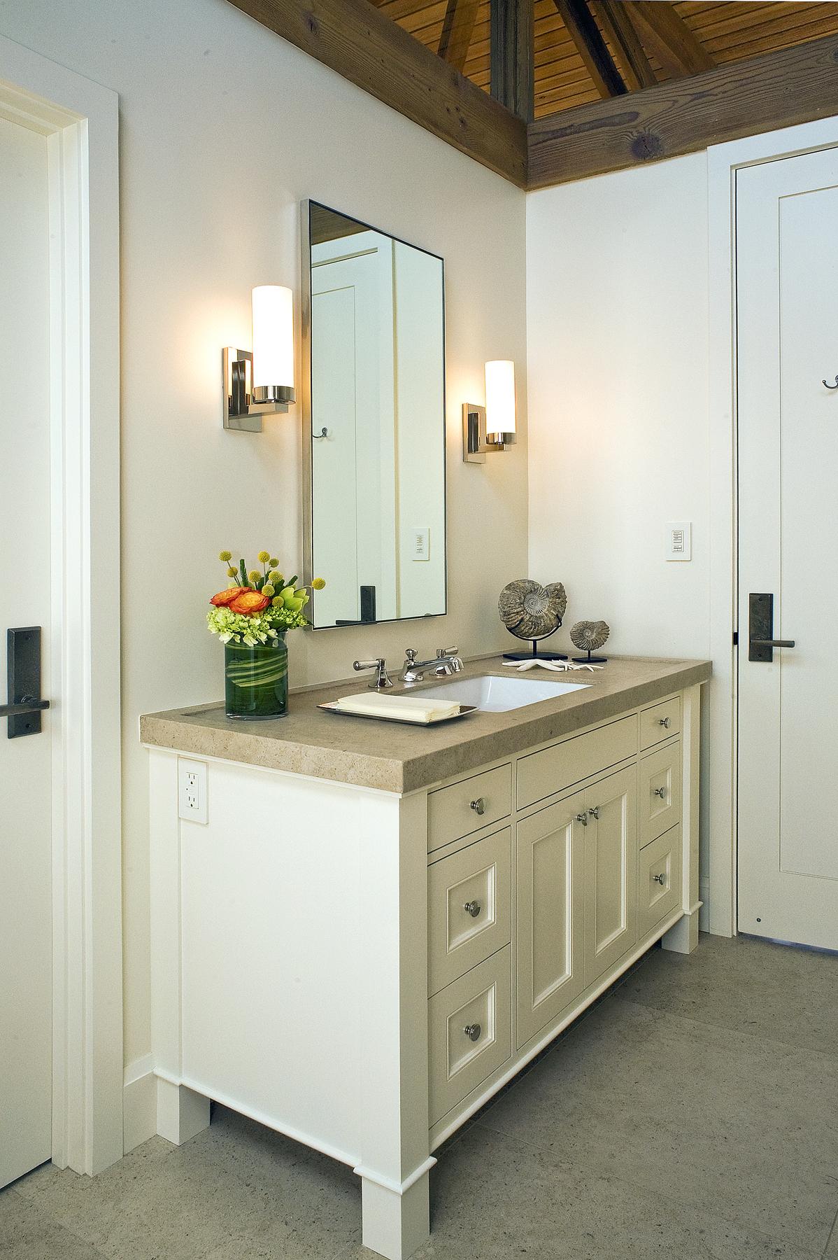 Bathroom DSC_9920-2.jpg
