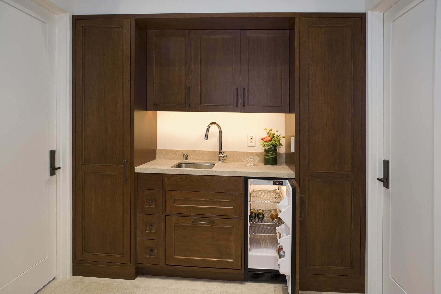 Cabinet DSC_9990-2.jpg