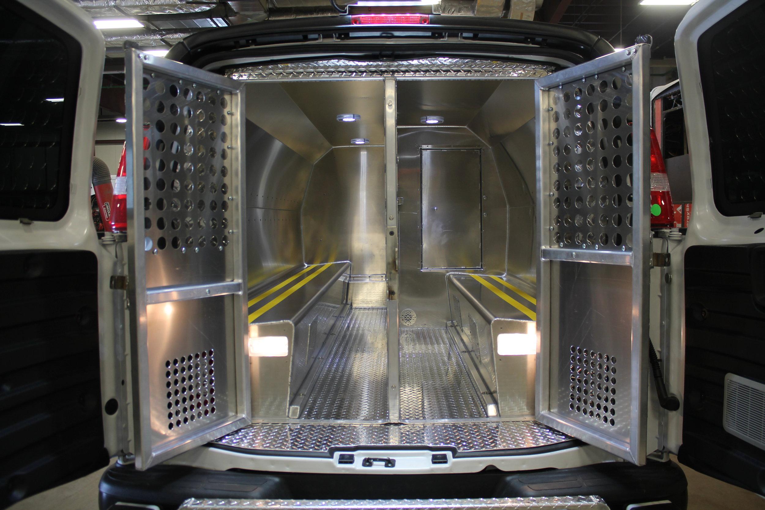 prisoner transport unit - nunavut