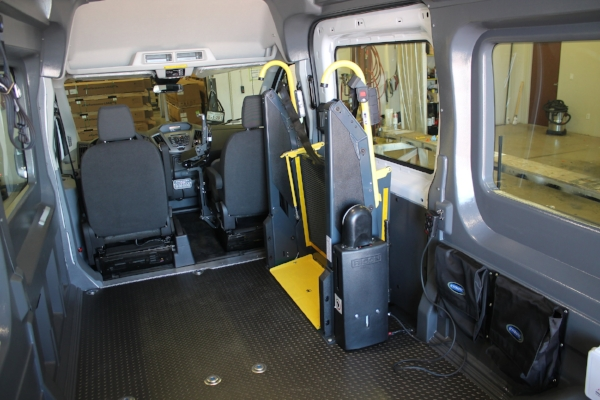2018-MO000543-heritage-ford-ford-transit-side-lift_015.JPG