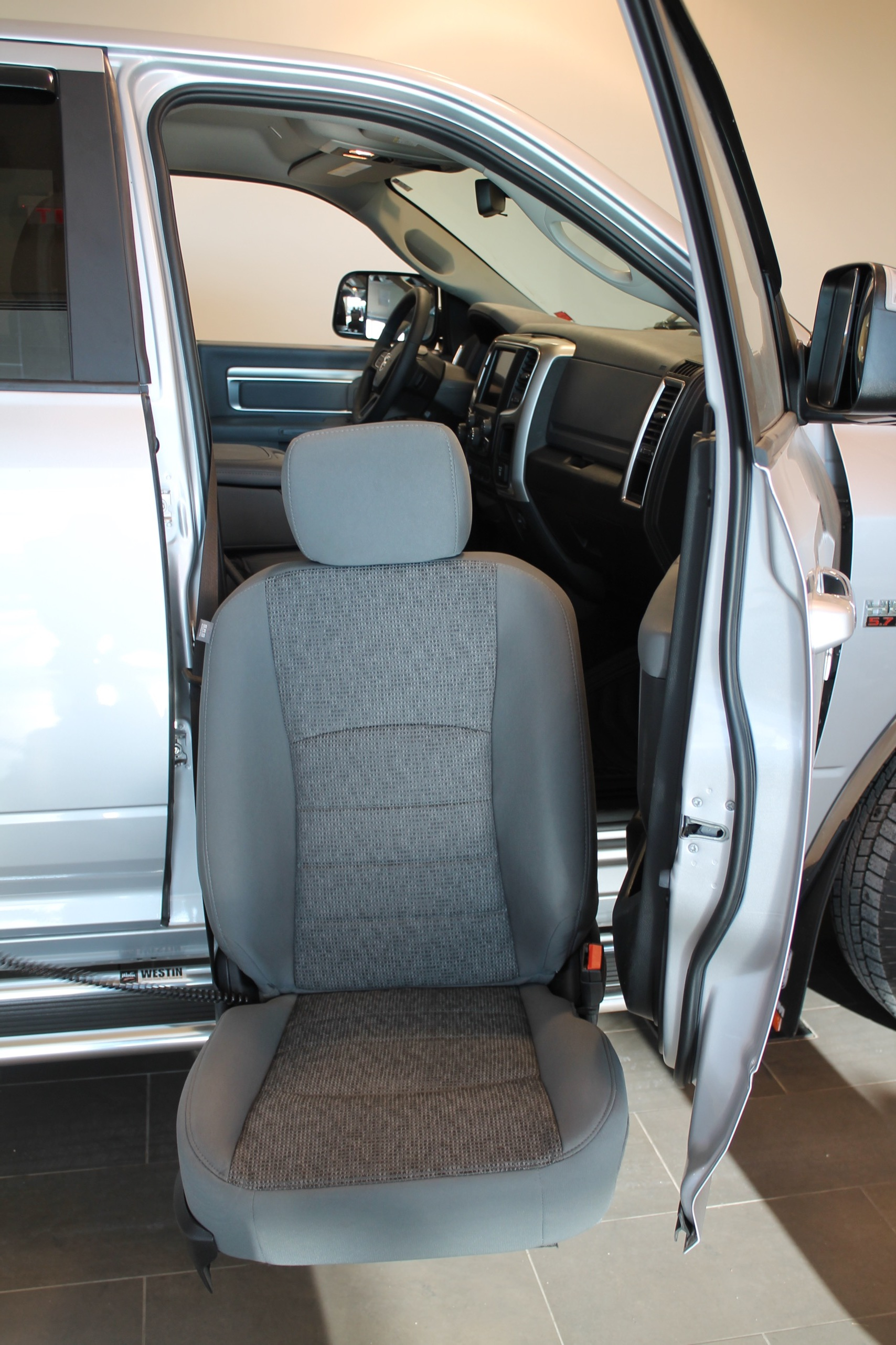 2018-malley-mobility-turney-seat_005.JPG