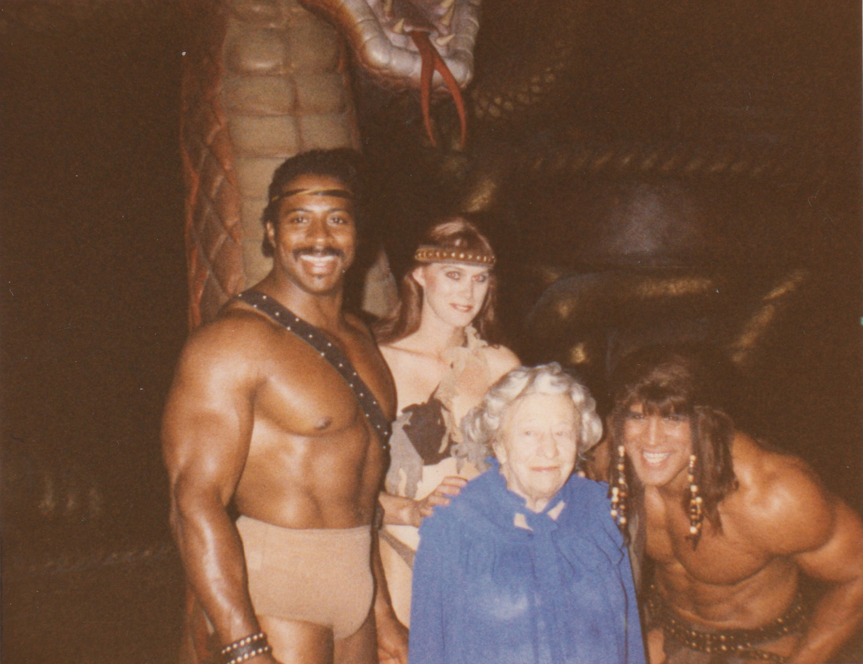 Clara & Tarzan (UNIVERSAL STUDIOS 1984).jpg
