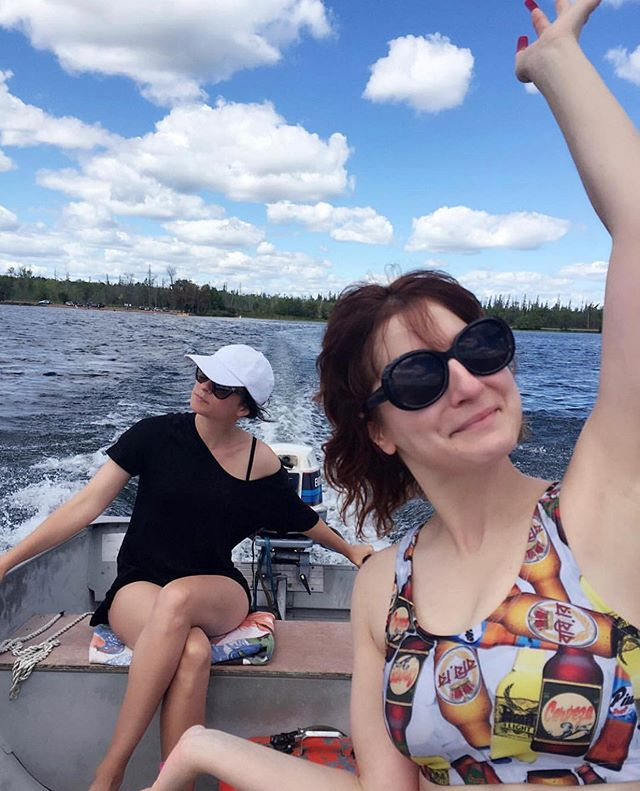 If we ain't wearing jeans, it's cuz we at the cottage! Canada Day Queens reminding you it's the last day to take advantage of our 50% off sale! Enter CANADA2019 at the checkout and voila! Only applies to regularly priced items, and remember items bought on promotion are only eligible for exchanges, no returns.