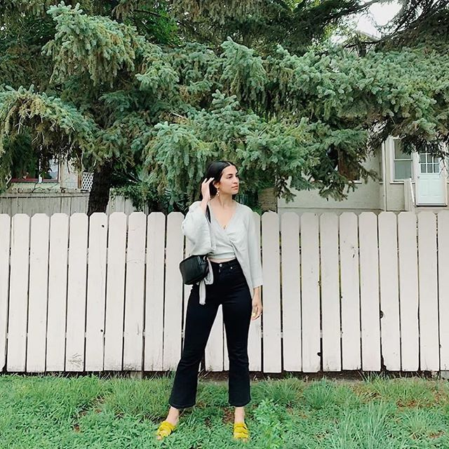 The grass is always greener when @theclothevoyant is standing there in our #Mirage jean! Currently crazy discounted in our sale section of the website🌱