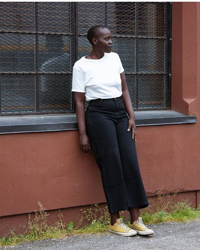 #EdgeOfSeventeen in black! Perfect for crisp white t's and casual leans! Love this pic from @dutildenimshop where you can snag yourself a pair at all 3 locations - that's Calgary, Vancouver, and Toronto💋